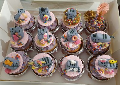 mixed cute little mouse cat cupcakes by sophisticakes 3